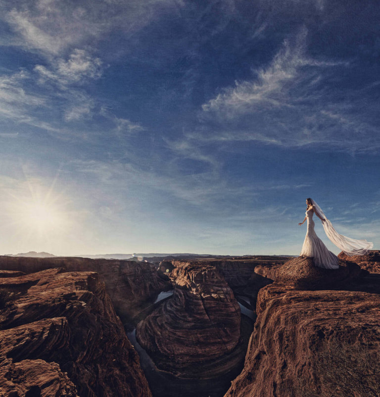Bridal portrait taken in Horseshoe Bend, Arizona