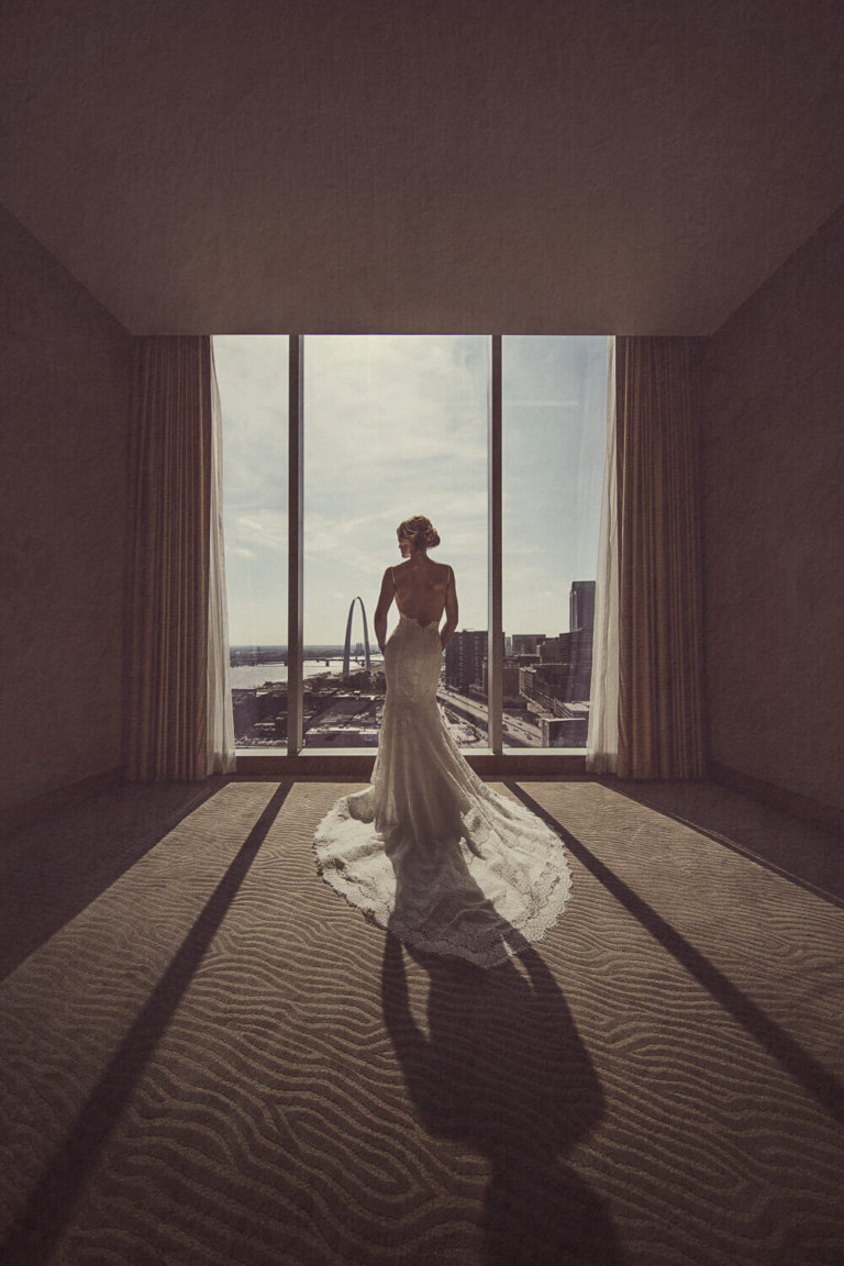 Bride getting ready in a hotel in downtown St. Louis