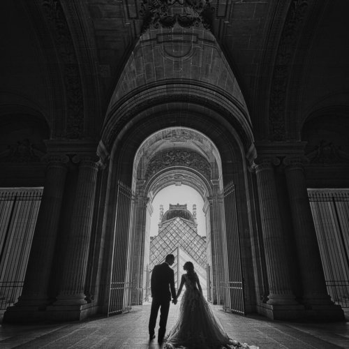 Silhouette of bride & groom at a church in Paris, France