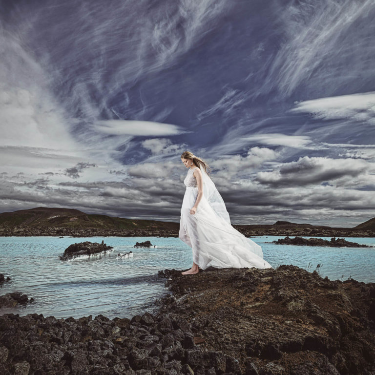 Bridal photography in Iceland