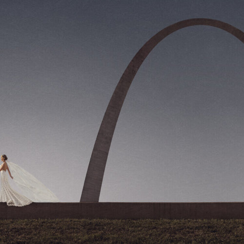 Bride & Groom at the St. Louis Arch