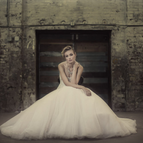 Urban bridal portraits